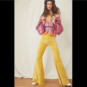 FREE PEOPLE Velvet Float On Flares 26 in Citron